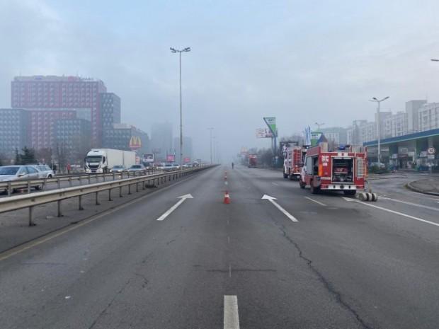 bTVКатастрофа с автомобил е станала на бензиностанция на столичния бул.