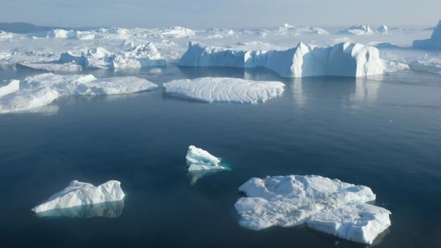 Гренландия губи леда си седем пъти по-бързо, отколкото през 90-те