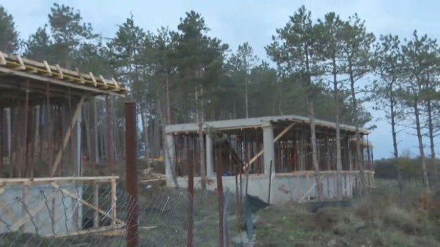 Снимка: Кметът на Царево не вижда незаконни действия относно строежа край