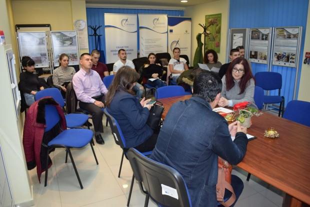 ОИЦ-ВарнаБивши и настоящи студенти отИкономически университет:виж ощеНамерете бивши съученици, състуденти,