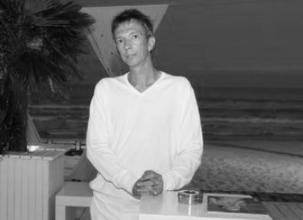 Известният журналист Марио Трифонов е бил открит мъртъв в дома