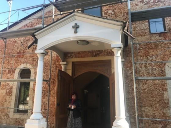 Снимка: Арменската църква във Варна отново с литургия след дълго прекъсване