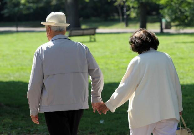 БГНЕСОт днес продължава увеличението на възрастта и осигурителния стаж за