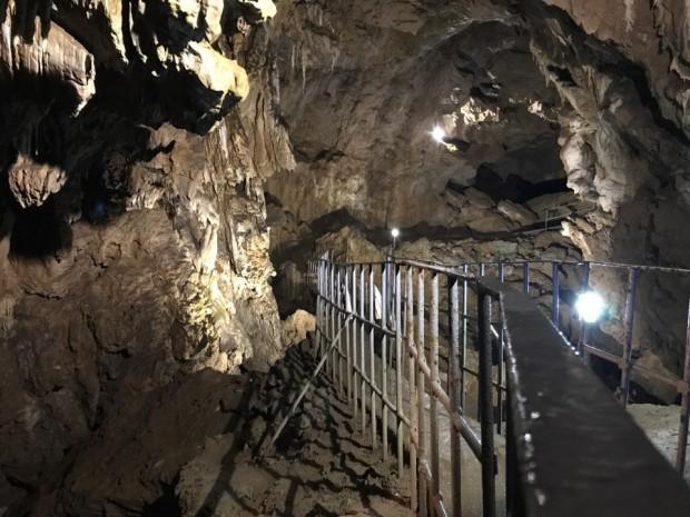 ФейсбукПървата сватба за 2020 г. в Ягодинската пещера ще се