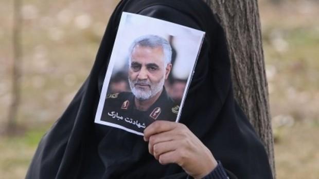 Дъщерята на иранския генерал Касем Солеймани, убит с американски въздушен