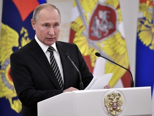 Руското правителство, оглавено от Дмитрий Медведев, е подало оставка. Владимир