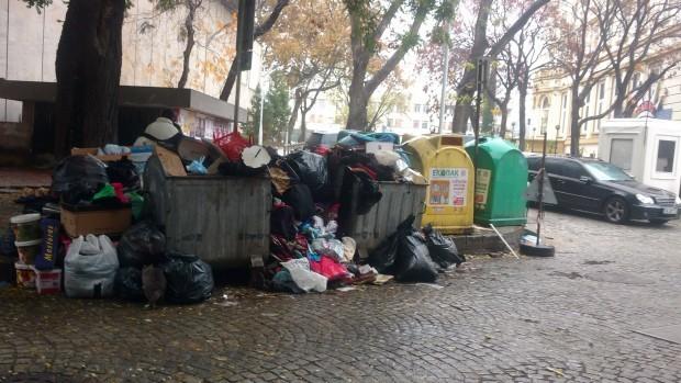 Снимка: Ето кой е разрешил вноса на 25 тона боклук от Италия
