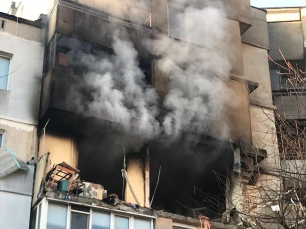 Понеделник- 6 януариМощен взрив и евакуация във Варна!Загиналите при палежа