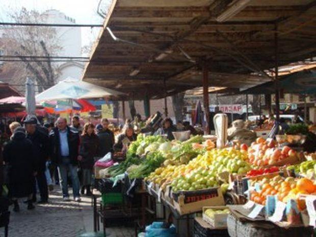 Турският експерт по храненето Бюлент Шък е един от съавторите