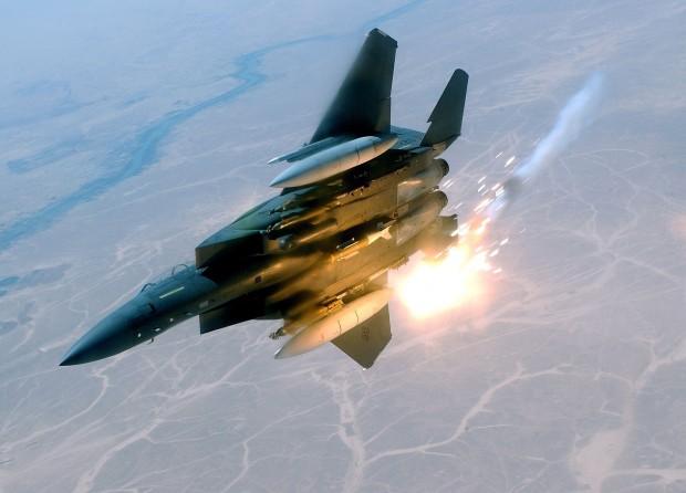Три от пет ракети, изстреляни в Багдад, са паднали върху
