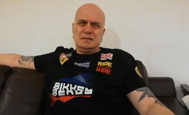ФейсбукСлави Трифонов привлича към екипа на новата си телевизия качествени