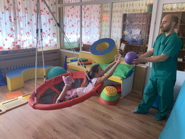 Ерготерапевтът от Дома за медико-социални грижи за деца – Варна