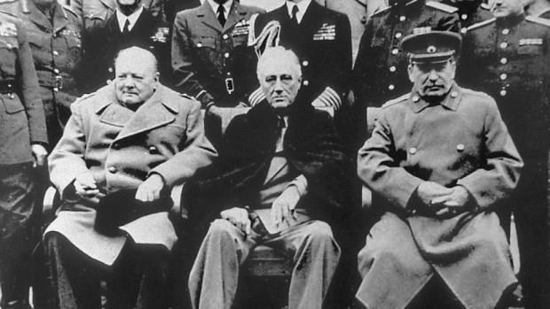 РойтерсБританският премиер Уинстън Чърчил предлагал през 1944 г. на съветския