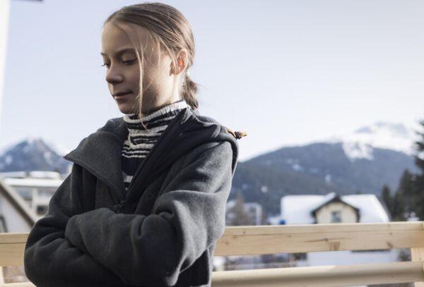 Шведски депутати предложиха младата активистка за борба с промените в
