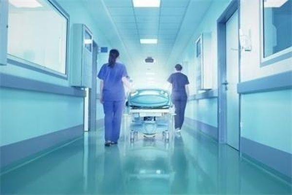Бебе с огледално разположени органи се роди за първи път