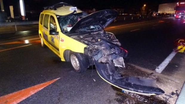 Тежка катастрофа е станала на главен път Е-79 между такси