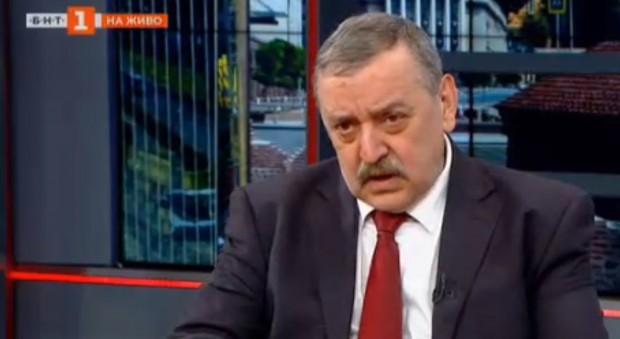 Проф.Тодор Кантарджиев - директор на Центъра за заразни и паразитни