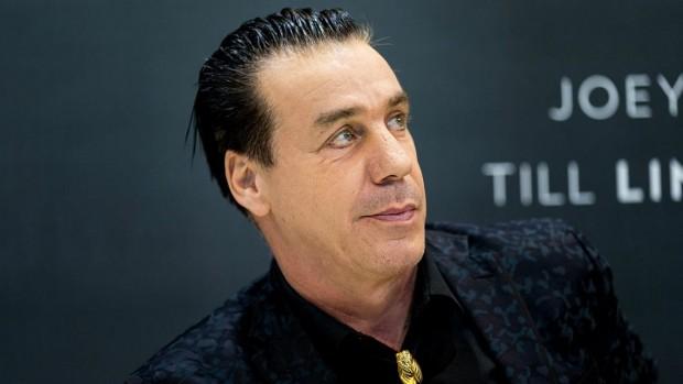 Rammstein оповестиха, че вокалистът на групата Тил Линдеман не е