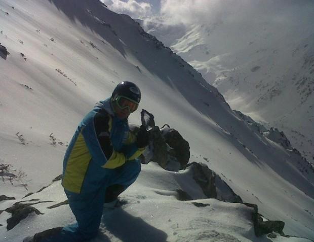 Учителят по ски Веселин Ангелов от Троян, който се разболя
