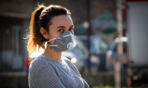 Знаете, че има противоречиви версии за носенето на маски. СЗО