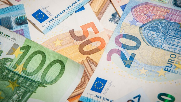 Международният валутен фондобяви, че съветът му е одобрил нова тригодишна