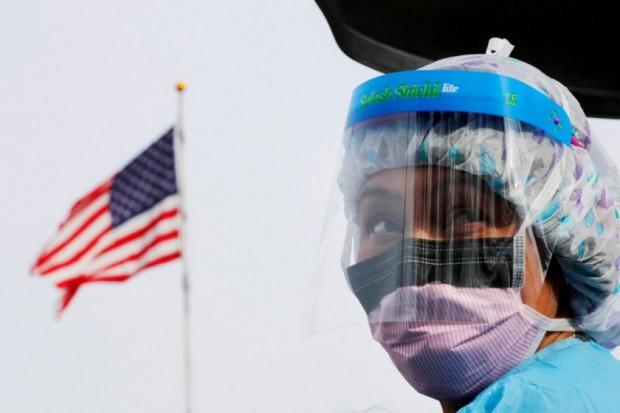 САЩ постави черен антирекорд по брой убити от коронавируса за
