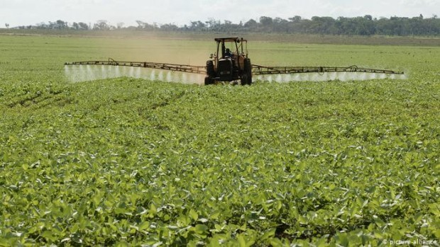 Водачите на транспортни средства, превозващи сезонни земеделски работници до обработваемите