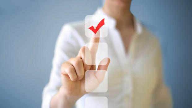 iStockОт 00.00 часа на 28 април започва електронното гласуване за