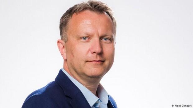 Ян Скварил е специалист с 15 години опит в бизнес