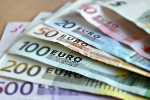 Европейската икономика, и в частното тази на еврозоната, се свиха
