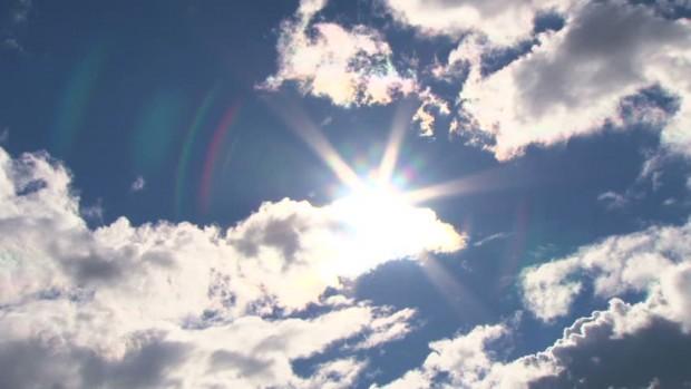 Внеделя ще има значителна, средна и висока облачност. Ще духа