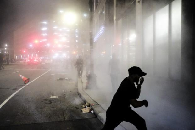 Getty ImagesЕдин човек е загинал в Детройт, след като неизвестно