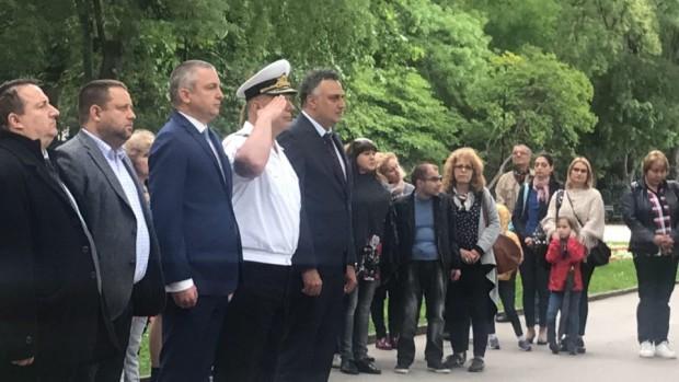Варна се преклони пред паметта на Христо Ботев и загиналите
