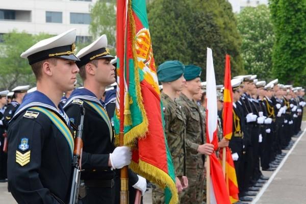 Със заповед на министъра на отбраната са обявени 171 (сто