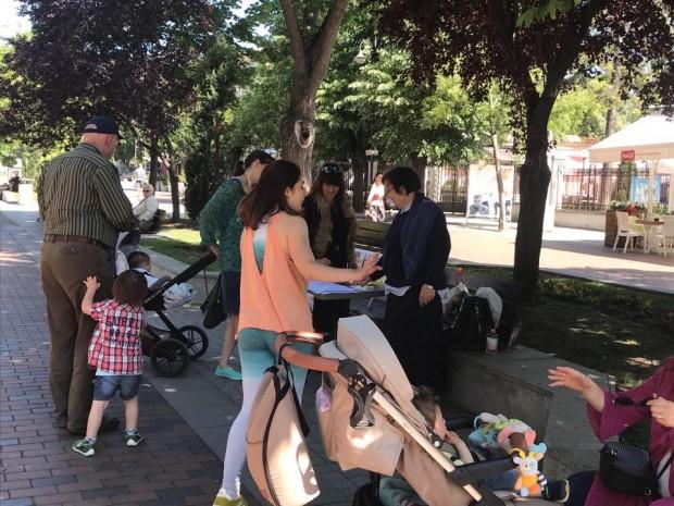 Varna24.bg Варненци масово подкрепят подписката в памет на Милен Цветков