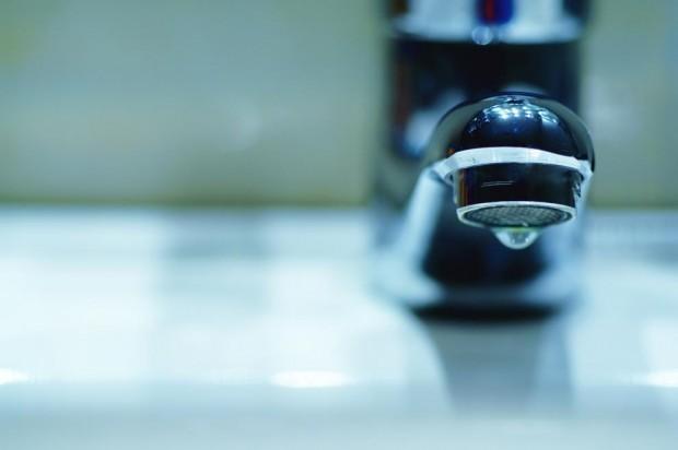 Аварии оставят без вода хиляди варненци днес, научи Varna24.bg.На сухо
