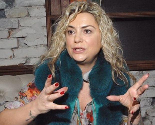 Ексцентричната стилисткаКремена Халваджиян изненадващо бе уволнена от екипа на сутрешното