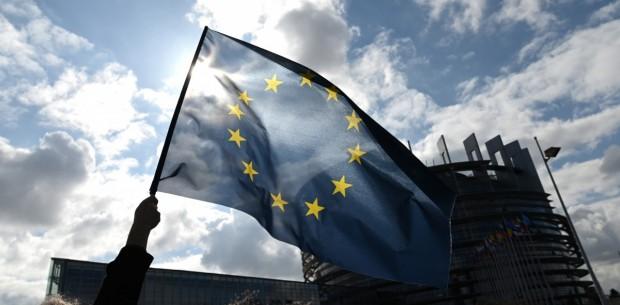 Европейският съюз се подготвя за постепенно пълно отваряне на вътрешните