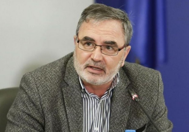 Доц. Ангел Кунчев коментира пред популярно публицистично предаване в България