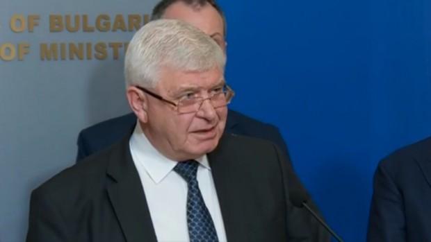 Здравният министър на България Кирил Ананиев издаде нова заповед днес.