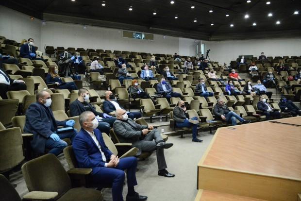 Свикването на извънредна сесия на Общинския съвет във Варна е