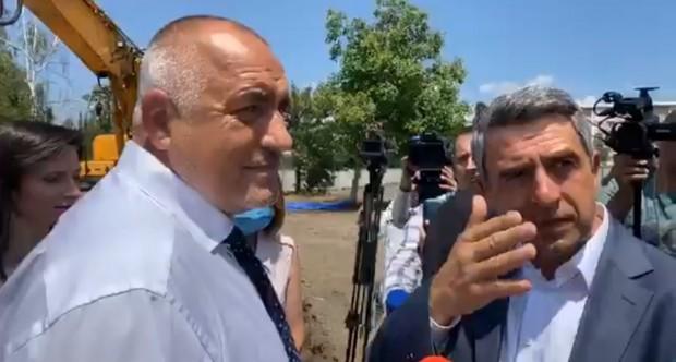 Премиерът Бойко Борисов бързо се пренесе от Велинград, където беше