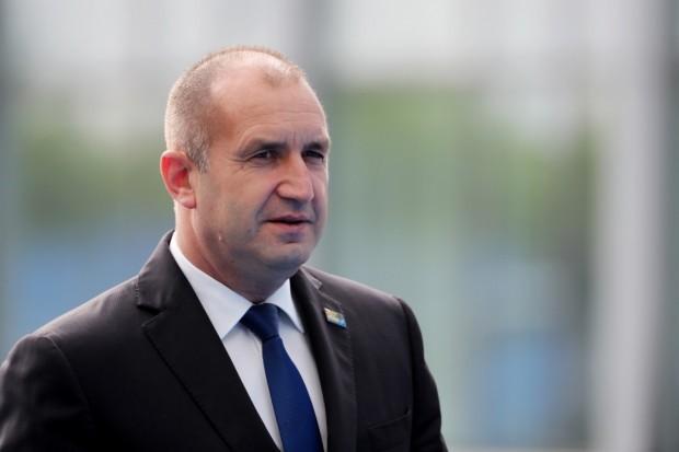 БГНЕСДържавният глава Румен Радев поздравислужителитена Министерствотона вътрешните работипо случай техния