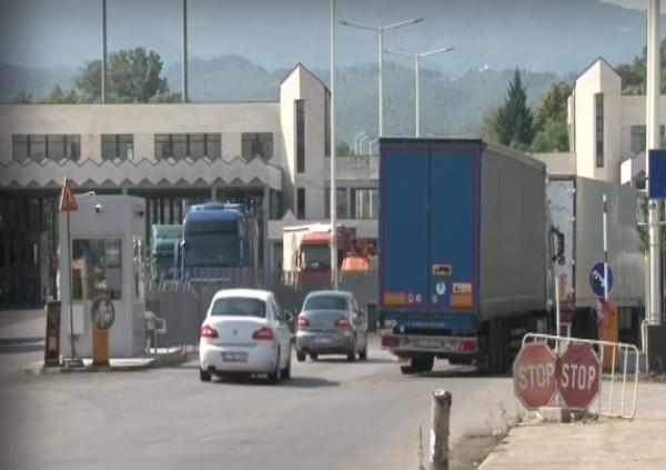 Над 10 километра е опашката на единствения вход за Гърция