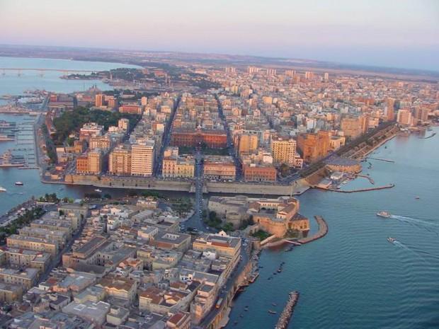 В крайбрежния италиански град Таранто, в южния регион Пулия, предлагат
