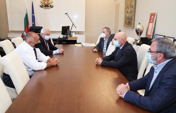 Министър-председателят Бойко Борисов проведе работна среща с членовете на Националния