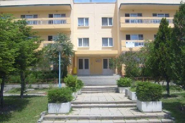 По нареждане на РЗИ-Варна - поради положителни проби за Covid-19