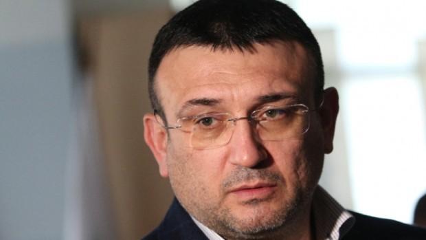 Министърът на вътрешните работи не прие оставката на директора на