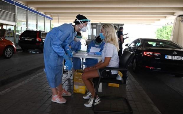 Гърция отбеляза скок на заразени от COVID-19, като голяма част
