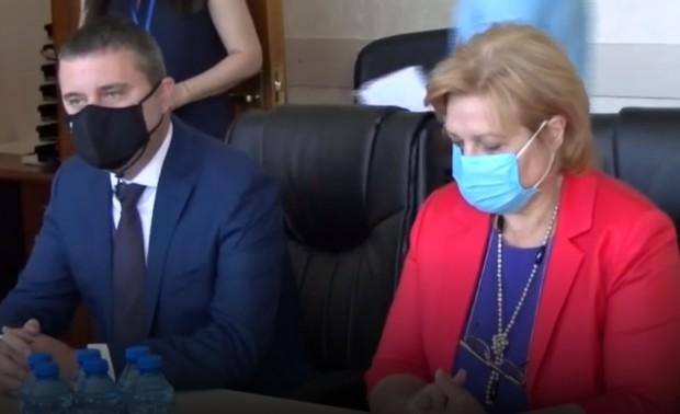 Plovdiv24.bgМинистърът на финансите Владислав Горанов отговори на горещи политически въпроси